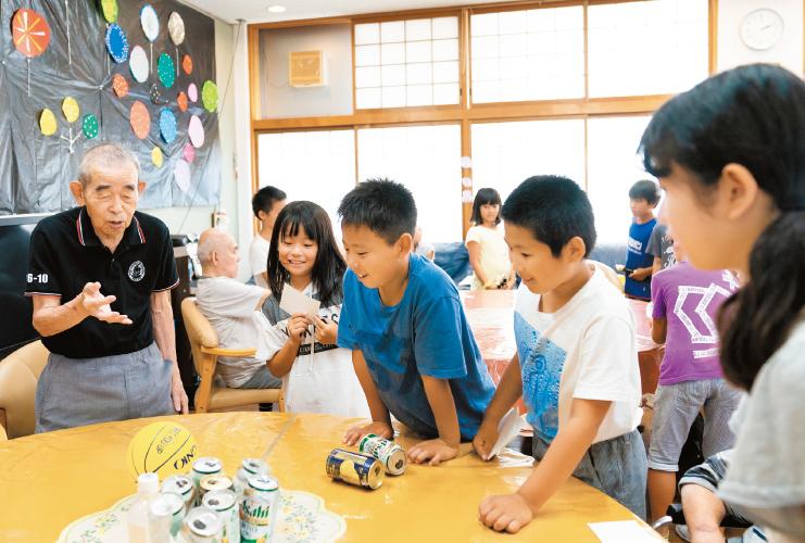 空き教室を活用したデイで地域コミュニティの拠点に【2】